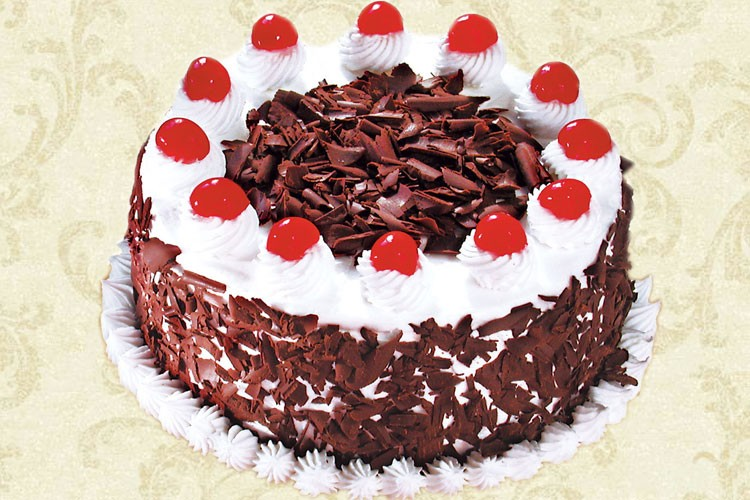 Best Black Forest Cake Images : Verma Bakery PatialaOldest & The Best Bakery in Patiala ...