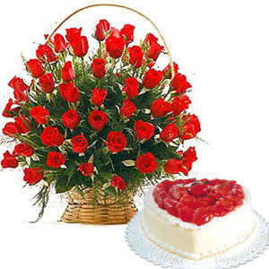 Send Heart Shape Cake Flowers