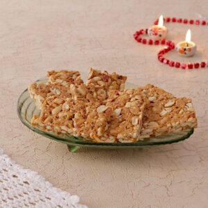 Buy New Year Gajak Online. Crispy and crunchy gajak are Indian traditional sweets which are mostly made during winter season