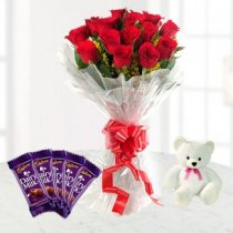 Valentine's Day Roses to Patiala - Send Valentine roses to Patiala online Same day express home delivery beautiful bouquet of roses Free Delivery .