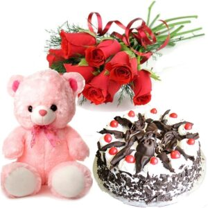 Valentine's Day Flowers to Patiala - Send Valentine flowers to Patiala online Same day free home delivery. Valentine chocolates , cake , gifts to Patiala