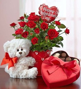 Order online for Valentine Delivery special Red Roses, Heart Shape cakes, Valentine Special Chocolates .Unique Gifts specially designed for Valentine's Day, Send Valentine Gifts to Patiala .