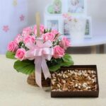 Pink Roses with 500 gms Assorted Dryfruits to patiala