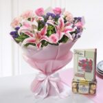 bunch-of-mix-flowers-with-ferrero-rocher-box-greeting-card