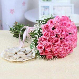 bunch-of-50-pink-roses-with-500-gm-kaju-katli-box