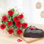 Heart shape cake with Red Roses