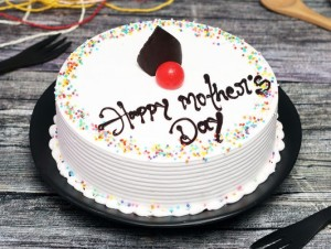 mothers-day-vanilla-cake-cake 147001 patiala